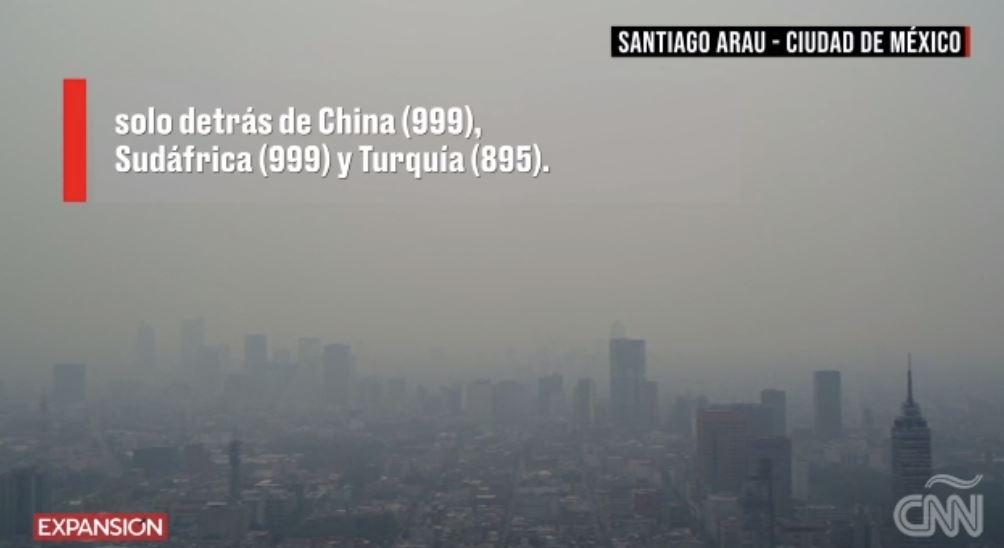 Fotógrafo mexicano capta con dron la nube de smog de la Ciudad de México